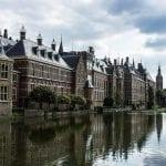 Den-Haag-deluxe-taxi-holland